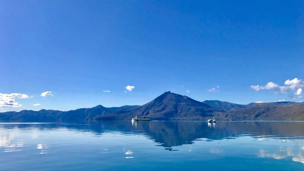 北海道観光の人気スポット支笏湖